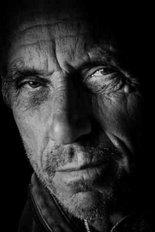 Portraits (25)
