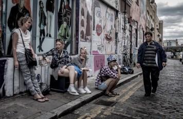waiting---london-streets-july-2015_19939065001_o