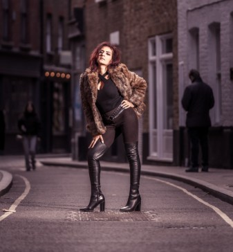 Lena London (17)
