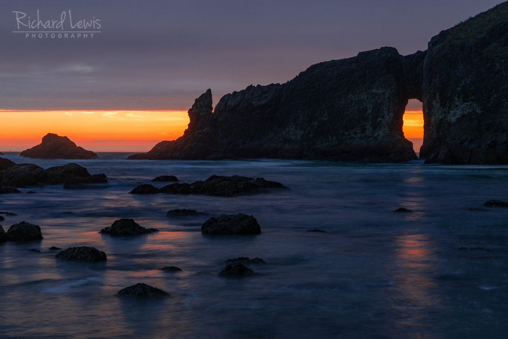 Twilight Through The Arch Olympic National Park Second Beach