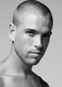 cabeza-rapada-estilo-skinhead