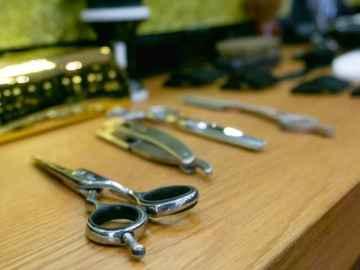 ¿Cuál es el origen de las tijeras de barbería?