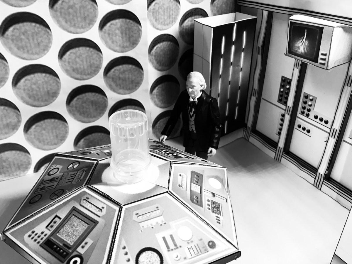 The 1st Doctors Tardis interior