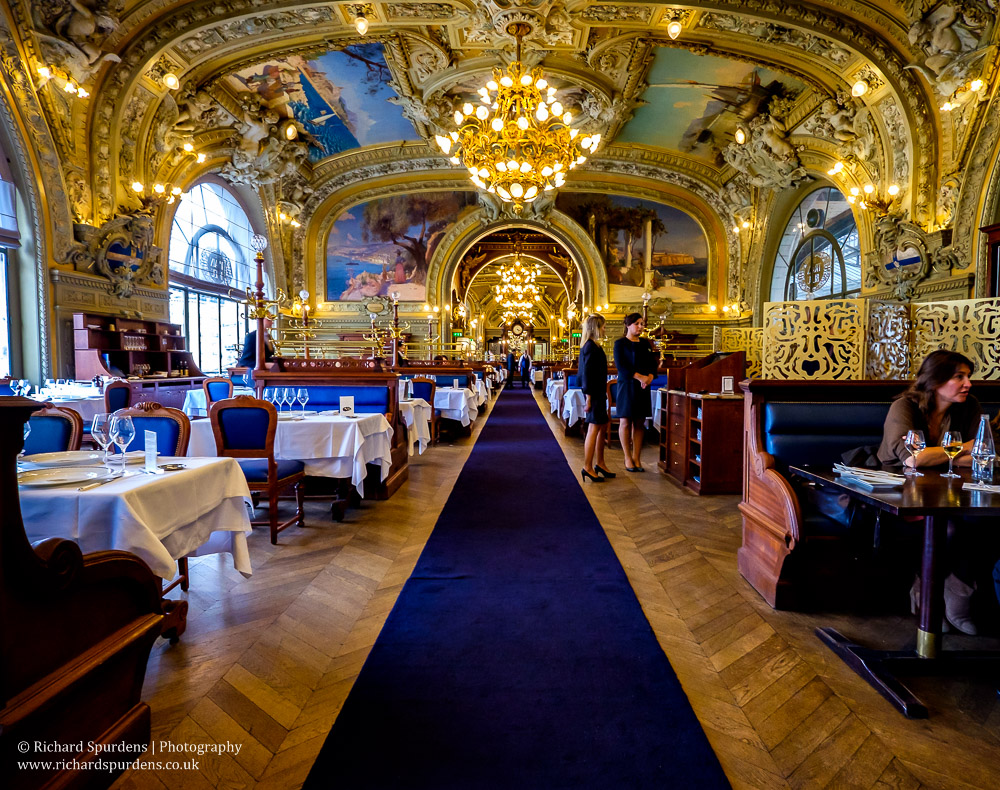 le train bleu restaurant interior II