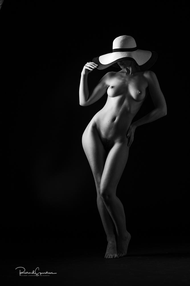 Fine art nudes - madame bink sun hat shapes