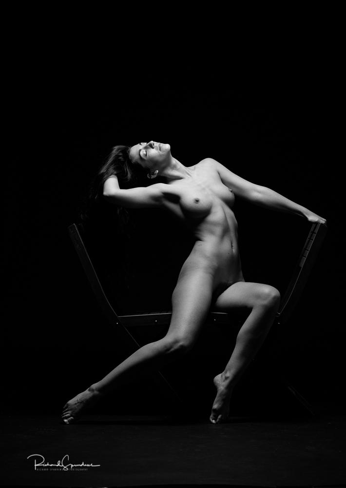 Madame bink seated chair angles III