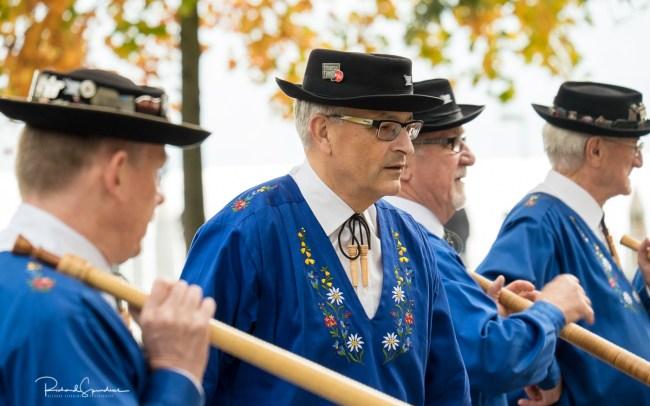Zurich alpine horn players I