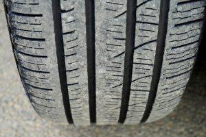 パンクしないタイヤ