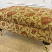 ruskin-footstool