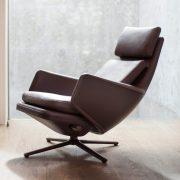 grand-relax-vitra-antonio-citterio-design-furniture-chair_dezeen_2364_sq-852×852