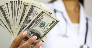 doctor pharmacist who earns more
