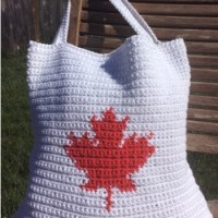 """Our Canada"" Tote Bag - A Free Crochet Pattern"