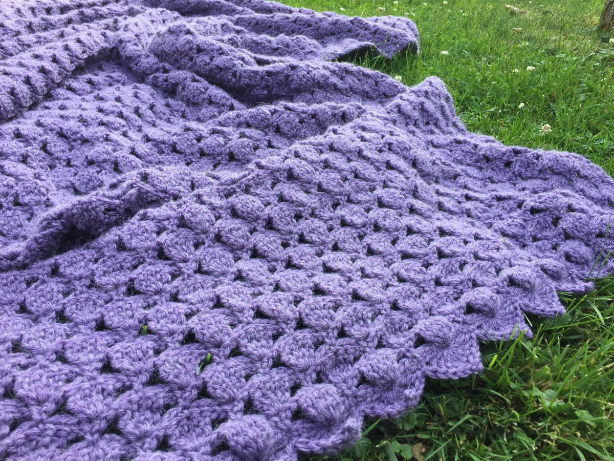 Clover Meadows Throw - A Free Crochet Pattern