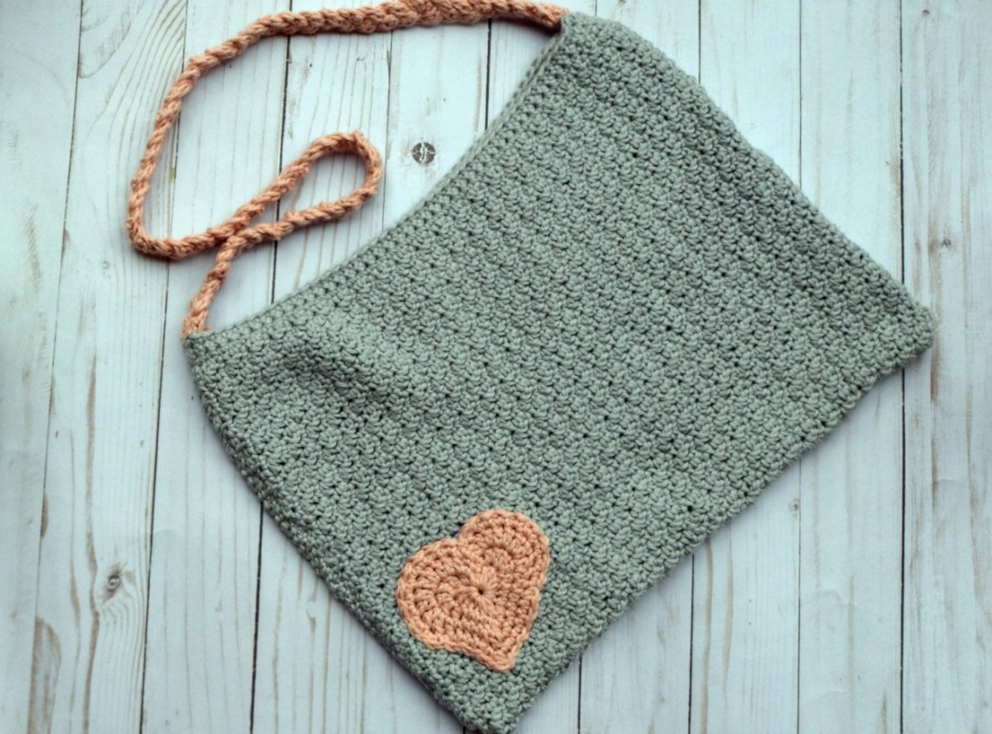 Blushing Heart Crochet Bag
