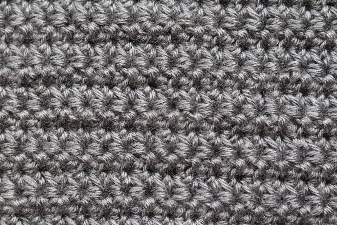 small daisy stitch afghan1