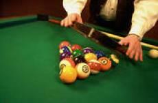 racking up pool balls snub