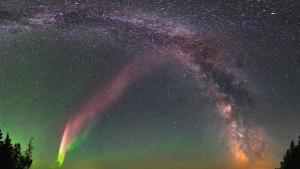 steve, the aurora-like phenomenon