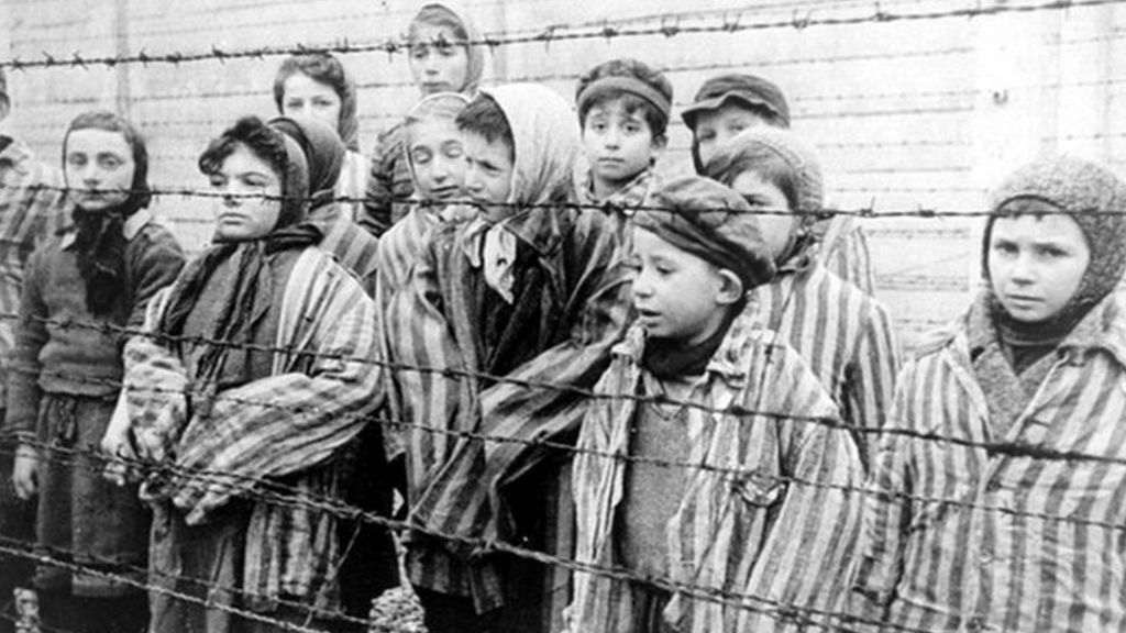 holocaust prisoners