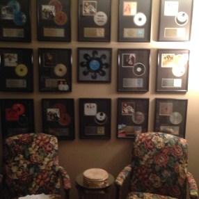 Uno Mas Records Wall
