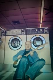 Laundry floor smile