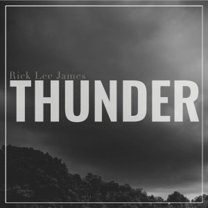 Cover_3000_cropped_Thunder.jpg