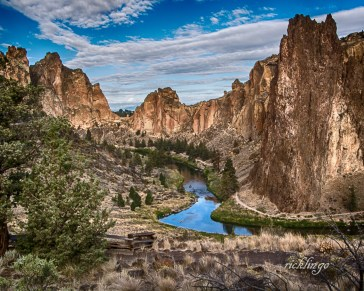 "Oregon. 1st place winner in the ""Canyons"" challenge, also received 12 Peer Awards on international website ViewBug."