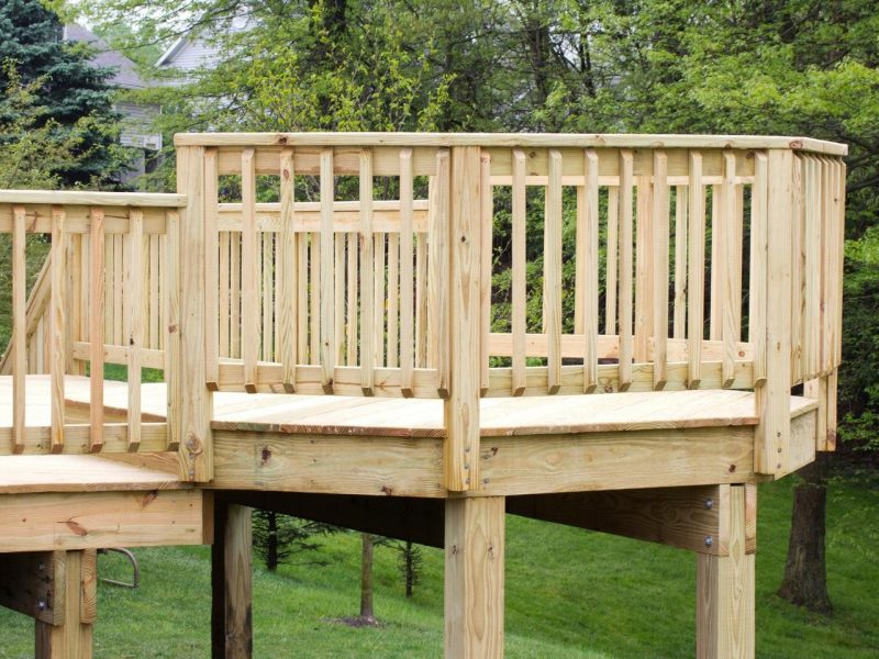 wood deck handrail ideas