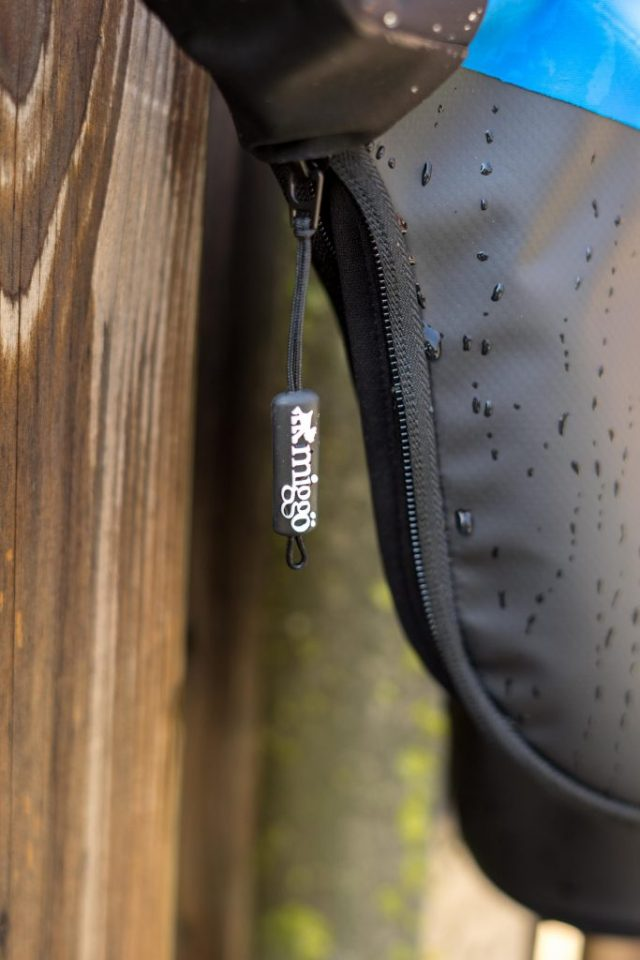Agua Quick-draw storm-proof holster 45 Pro DSLR review