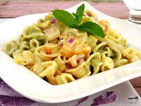Ensalada de pasta con pollo y curry