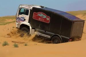 camion de course 4 roues