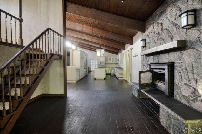 Abandoned $2.5 Million Dollar Mansion