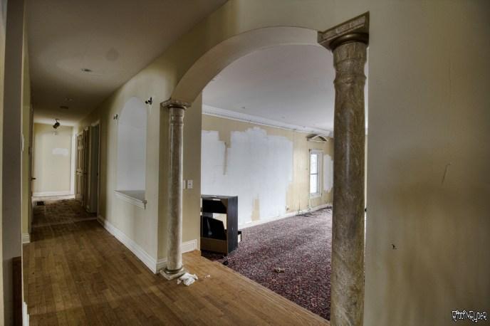 Abandoned Ontario Polish Mansion - Living Room