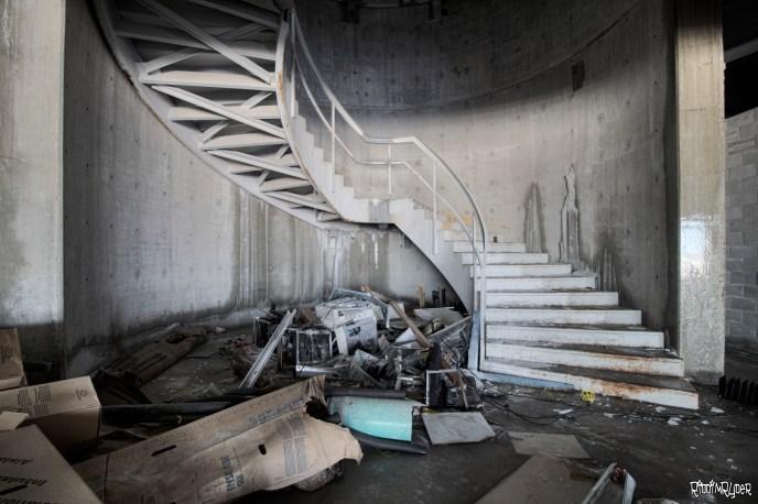 Mansion Spiral staircase