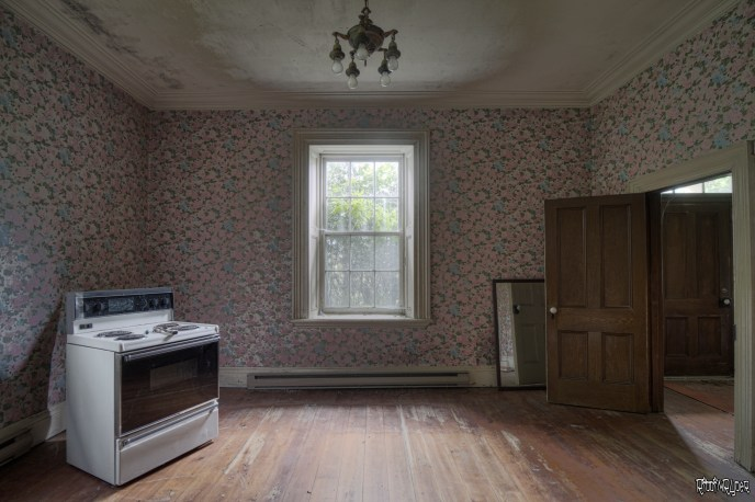 Front Stone House Room