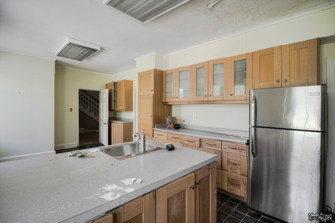 Mansion kitchen