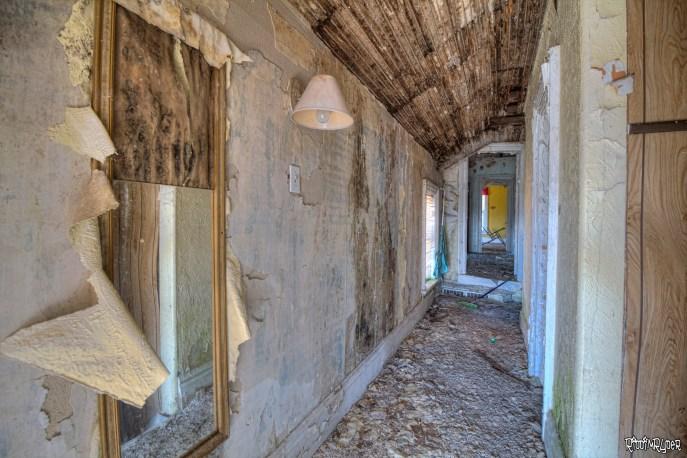 abandoend corridor