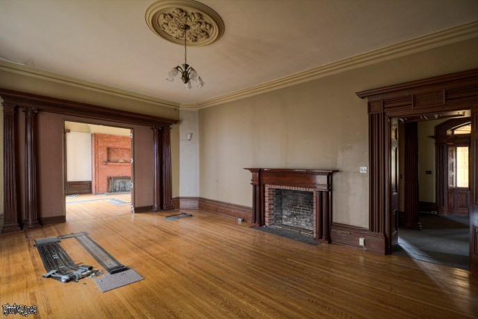 Beautiful Wood work in Mansion Room