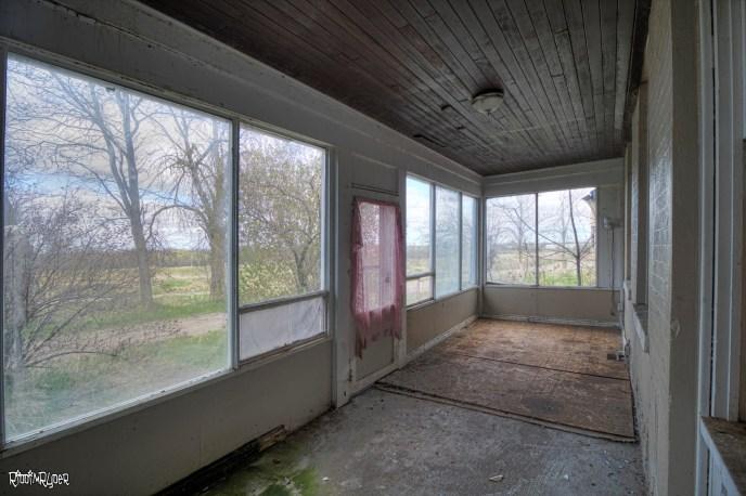 Side Enclosed Porch