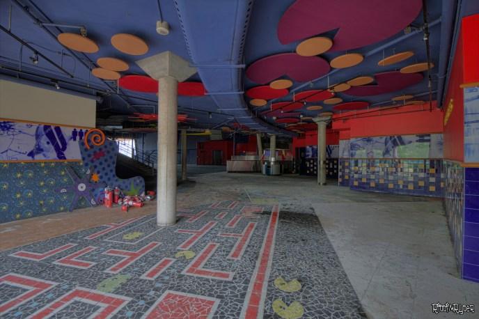 Pacman floor