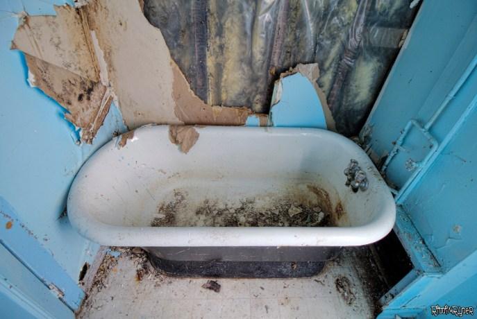 Decayed Bathtub