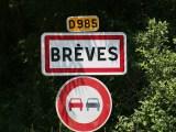 Brèves : photo du panneau d'entrée dans la ville de Brèves