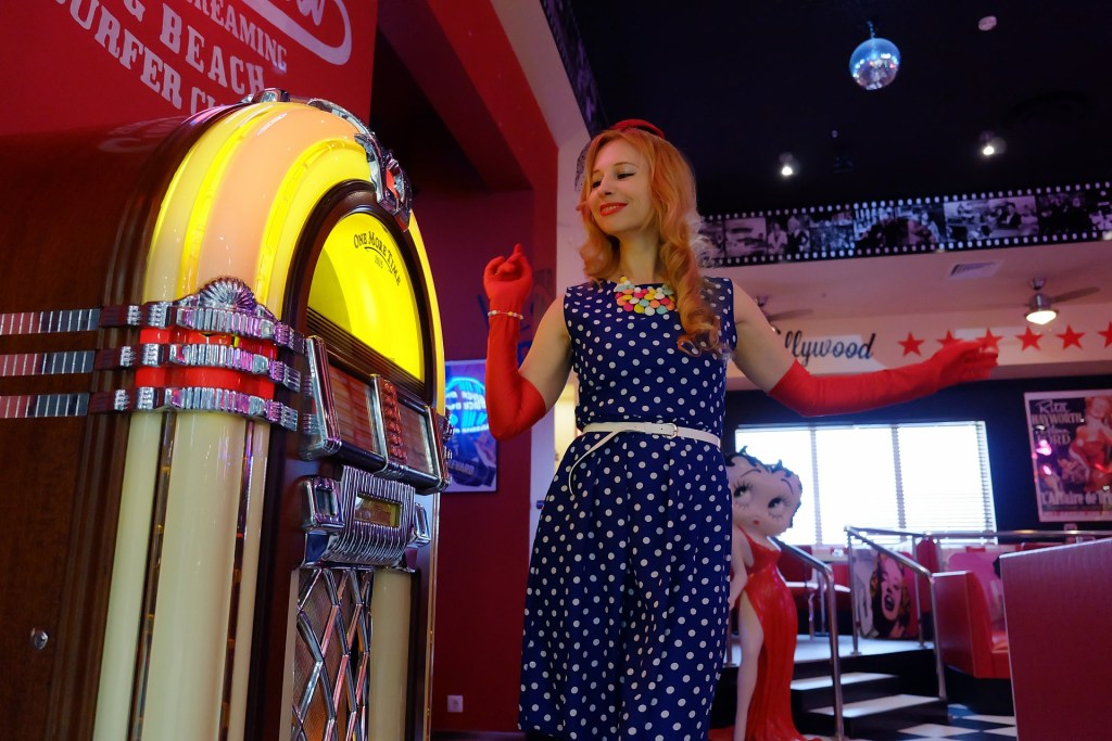 Jukebox dans un restaurant type Diner US