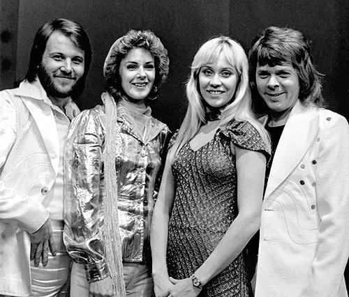 ABBA | De gauche à droite : Benny, Anni-Frid, Agnetha et Björn