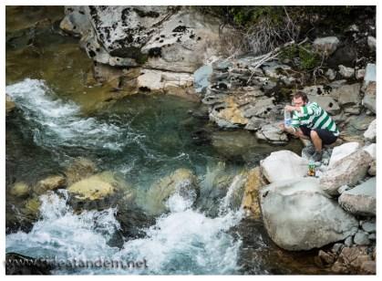Wasser ist überhaupt kein Problem auf der Carretera Austral. Überall kommt frisches, klares und trinkbares Wasser aus den Bergen. Einzig die Temperatur, da könnte noch dran gearbeitet werden.