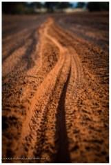 Viele Stellen mit tiefem Sand sind gerade noch fahrbar, aber sauanstrengend ist das ;-)
