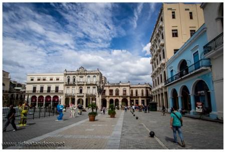 Der Plaza Vieja ist schon ganz schön weit renoviert und fast fertig. man kann sehen wo es hinführen wird.