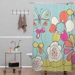 Le nettoyage d'un rideau de douche en coton