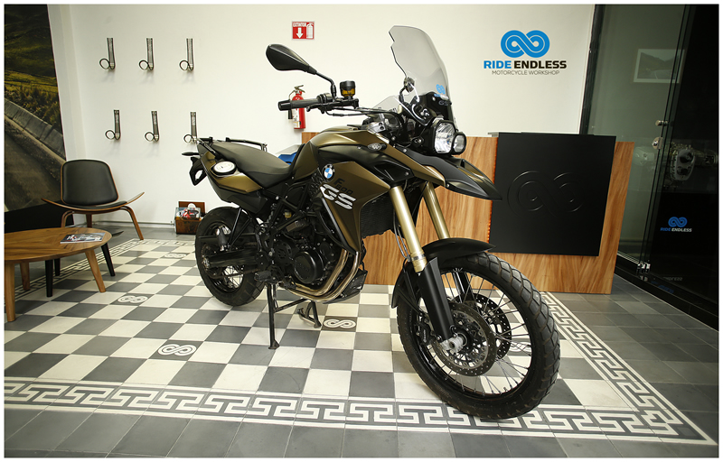 BMW F 800 GS COLOR VERDE