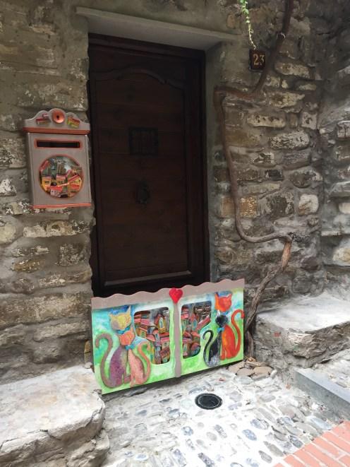 Closed art shop
