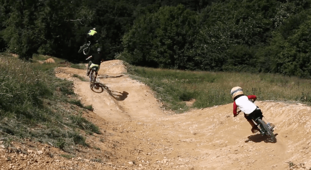 Fly Up 417 have been busy building a new trail. And it Looks Sick! Check out the vid below of the boys Tom Gethin, Oskar Powell and young ripper Henry Ruskin getting some chilled dubby air time on those sculpted new jumps.
